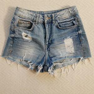 H&M Light Blue Denim Shorts Size 4